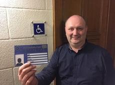 Henk Mauws stelt de EU Disability Card voor.