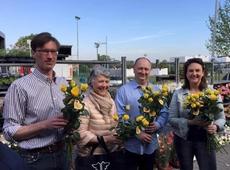 N-VA Tielt zet de mama's in de bloemetjes op de donderdagse markt